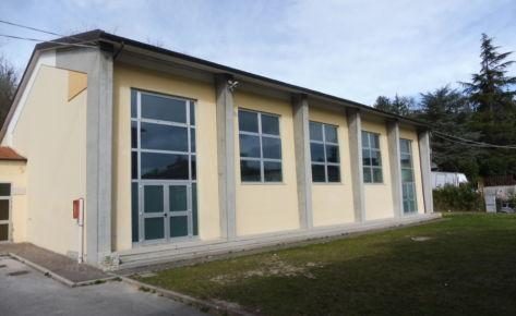 """Palestra della scuola secondaria di primo grado dell'Istituto comprensivo """"G. Binotti"""" di Pergola (PU)"""