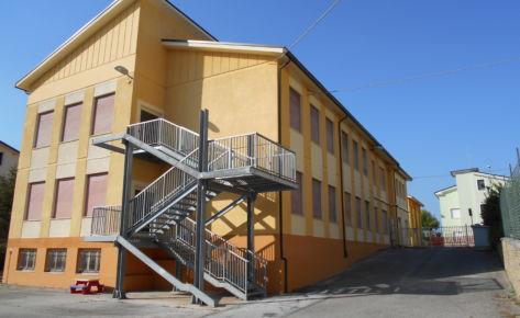 """Scuola elementare """"Collodi"""" di Torre San Patrizio (FM)"""