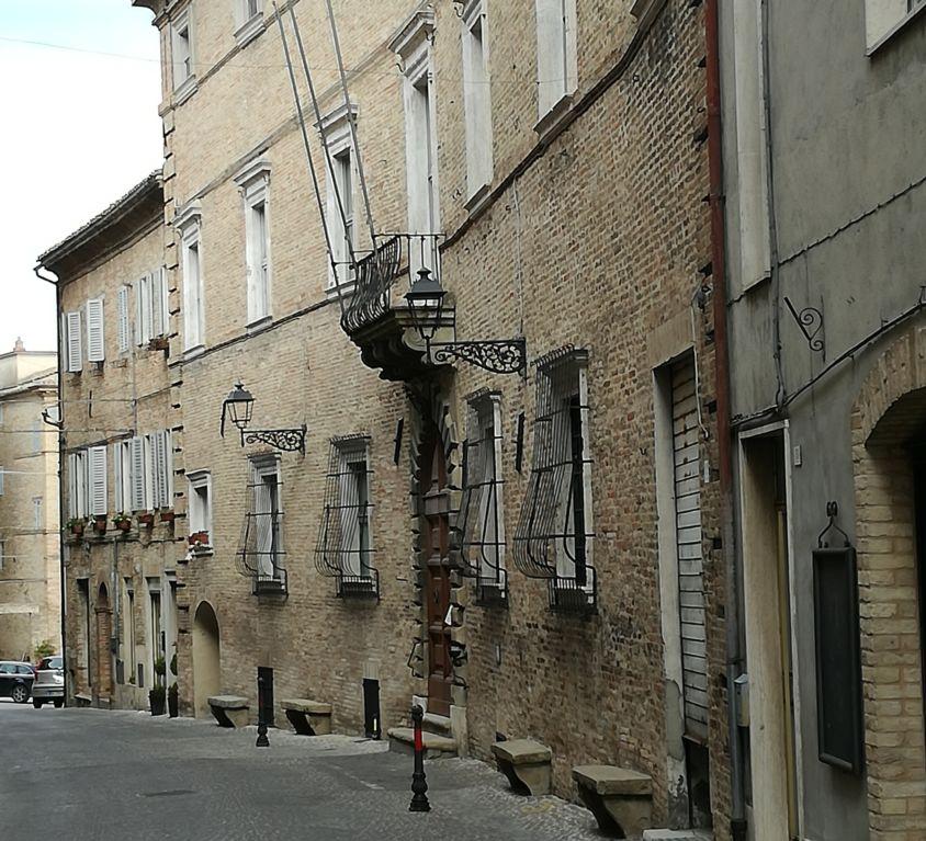 Palazzo Forti – sede municipale di Mogliano (MC)
