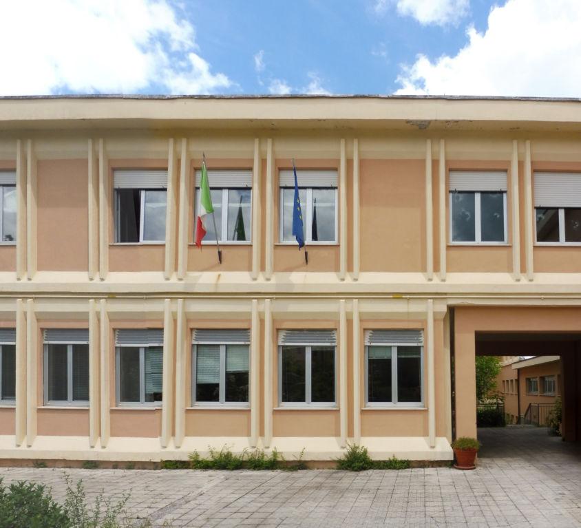 """Scuola media """"Marco Polo"""" di Fabriano (AN)"""