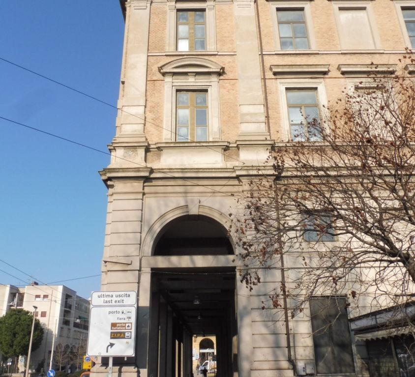 Edifici scolastici Comunali di Ancona (AN)